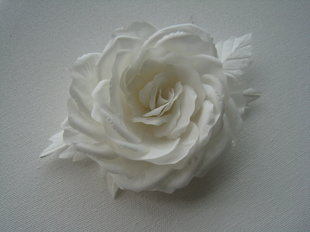 Natural silk rose